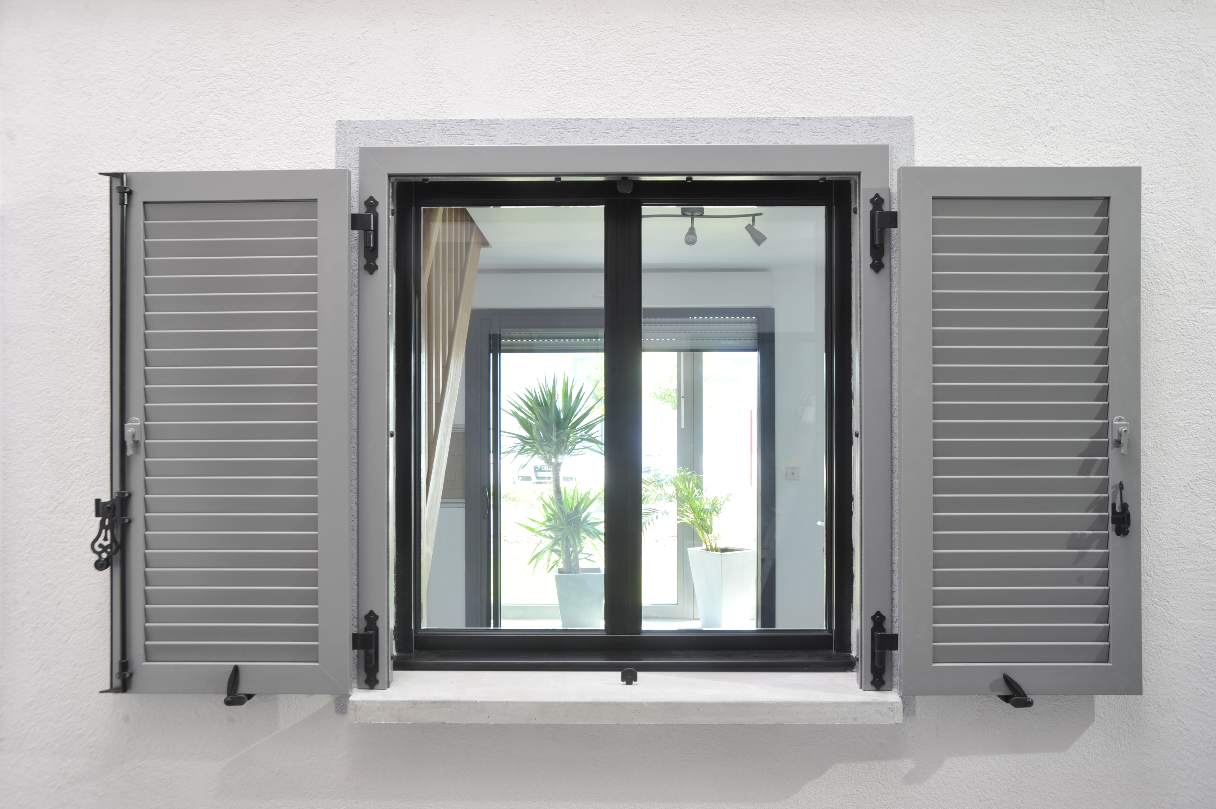 8 volets battants a b b bouchat le professionnel des ch ssis dans votre r gion. Black Bedroom Furniture Sets. Home Design Ideas